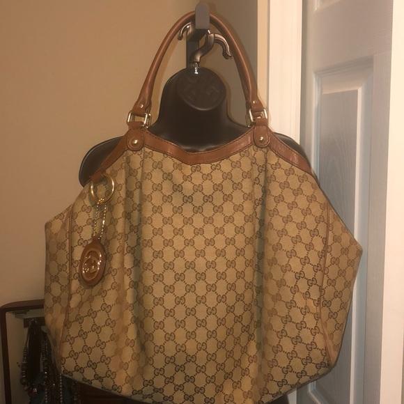 251b2fceca6b Gucci Bags   Authentic Gg Monogram Large Sukey Tote   Poshmark